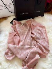 BNWT Authentic GUCCI GG Guccissima 140x140 cm wool silk scarf / shawl Light Pink