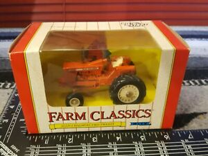 Ertl Allis Chalmers Two-Twenty 1/43 Diecast Farm Tractor Replica Collectible