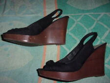 American Eagle Outfitters WEDGE Sandals WOMEN'S SIZE 9 (4 INCH HEEL)
