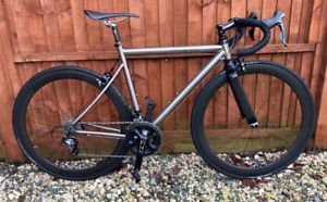 LITESPEED TACHYON TITANIUM 52cm - LOTS OF UPGRADED COMPONENTS AND EXTRAS