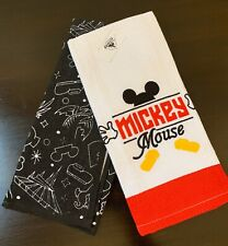DISNEY PARKS MICKEY MOUSE  KITCHEN TOWELS (SET OF 2) - NWT