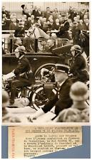 France, Présentation au Roi George VI de l'Armée française  Vintage silver