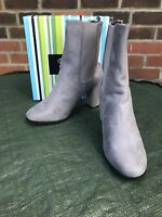 Womens No Doubt Faux Sued Grey Boots Size 8  * New*