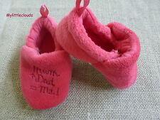 """***Chaussons Pantoufles 1/3 mois rose foncés """"Mum+Dad = me"""""""