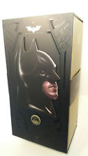 Hot Toys Batman Begins Christian Bale 1/4 Scale Collectible Action Figure QS009.