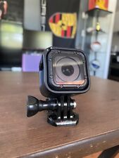 GoPro Hero Session BUNDLE Barely Used Action Camera + Mounting Case & Charger +