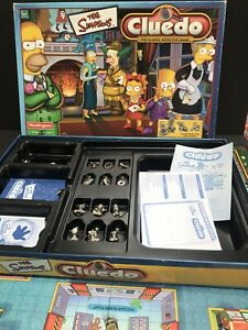 Cluedo The Simpsons Board Game Hasbro 2001 Pewter Figures & Weapons Complete