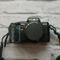 Minolta MAXXUM 7000 35mm SLR Film Camera with AF 50mm f/1.7 Lens