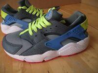 Nike. Air Huarache Training Shoes Trainers. Size 5