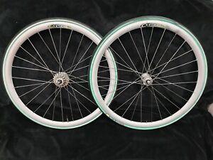 650c Campagnolo 8speed mavic cxp14  28 spokes wheelset