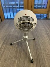 Blue Snowball USB Microphone - white with tripod