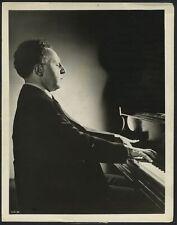 Arthur RUBINSTEIN (Pianist): Portrait Photograph