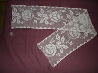 #534 Beautiful Vintage Filet Lace   170cm/31(67''/12'')