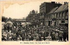 CPA CAUDRY .- Une vente sur le marche   (193212)