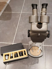 Mikroskop - Olympus - Tokyo - Mit Objektiven
