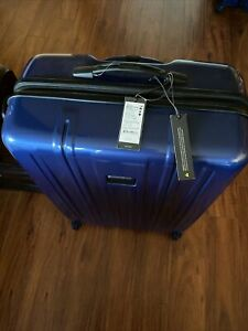 """tumi luggage extended Trip  V3. 30""""Original Price 795.00 New With Tag, Scratched"""