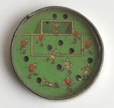 Antik Fußball Spiel. Old football toy.