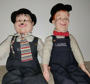 VINTAGE LAUREL AND HARDY COMEDY CLASSICS ENAMEL COLLECTIBLE PIN RARE VERY COOL