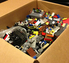 2 lbs bulk lot legos +2 minifigures lego lego building pieces parts assorted