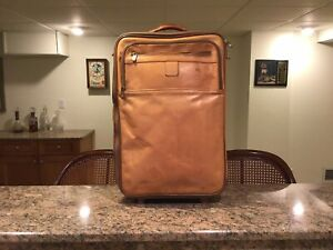 Hartmann Belting Leather Vintage Rare Carry On Luggage Spinner Made In USA