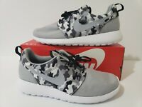 Nike Roshe One SE (844687-013) Running Shoes Gray/Black Camo Men's Size 11.5