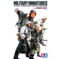 Tamiya 35256 German Assault Infantry w/Winter Gear 1/35