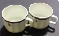 A Pair Of Singapore Airline Coffee cup.