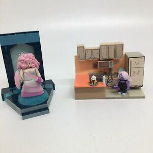 McFarlane Steven Universe Rose Quartz Temple Door Warp Pad, Amethyst Kitchen