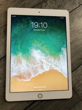 Apple iPad 5th Generation 32GB,  Wi-Fi Only 9.7in - Gold