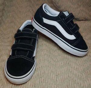 Toddler Boy's Vans Old Skool Black Suede Hook And Loop Sneakers Size 8.5