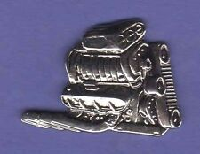 V8 V-8 ENGINE MOTOR HAT PIN LAPEL PIN BADGE #1494