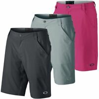 """Oakley Men's Sanders 10.5"""" Golf Shorts"""