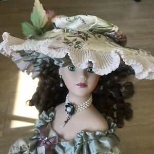 show stoppers porcelain dolls Sybil 22inch Women Victoria Style