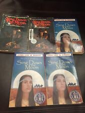 Lot of 5 SING DOWN THE MOON by Scott O'Dell NEWBERRY Guided Reading Teacher Set