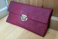 NEW LOOK VTG Style Red Soft Snake Clutch Gold Fold Over Clubbing Envelope