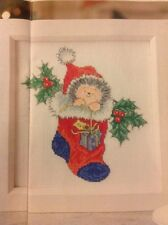 (x) Margaret SHERRY Hérisson et Holly en Stocking Christmas cross stitch chart