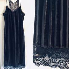 b83de4f9f501 Vestiti da donna velluto Zara