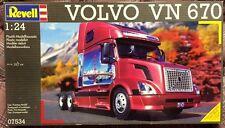 Revell Volvo VN-670 Conventional 1/25 Model Truck Kit - NEW/SEALED