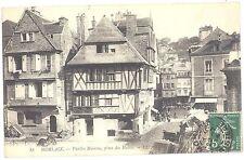 CPA 29 - MORLAIX (Finistère) - 18. Vieilles Maisons, place des Halles - LL