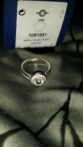 Swarovski Crystal Angelic Ring #1081951 Size 58 (US Size 8) - Good Condition