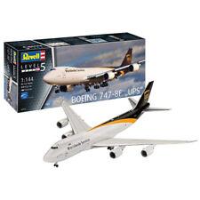 """Revell Boeing 747-8F """"UPS"""" Aeroplane Model Set (Level 5) (Scale 1:144) 03912 NEW"""