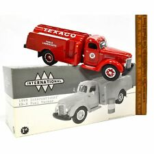 "Excellent FIRST GEAR ""1949 INTERNATIONAL KB-8 FUEL TANKER"" 1:34 Diecast 'TEXACO'"