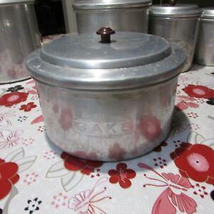 VINTAGE WARATAH BRAND ALUMINIUM CAKE TIN / CANISTER