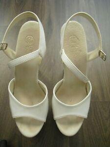 PLEASER high heels Gr. 39 (9) Gebrauchsspuren