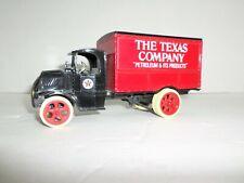 Ertl Die Cast 1/25 scale Texaco Mack Bulldog Truck Bank