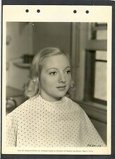 VERY EARLY EVELYN KEYES IN MAKE-UP CHAIR AT PARAMOUNT -1937 DBLWT KEY BOOK