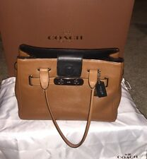 Gently Used Coach 2015 Swagger Glove Tanned Leather Purse Retail $595 Authentic