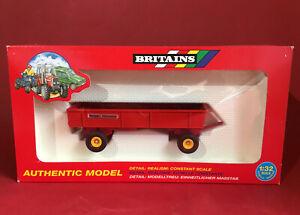 1995- Britains 1/32 Massey Ferguson 4 Wheeled Trailer No9567 MIB
