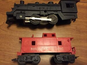 Vtg Marx Train Black Plastic Engine Railcar & Southern Pacific Caboose O Gauge