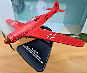 Focke Wulf TA152 Stab JG301 Rosso 1945 - Scala 1:72 Die Cast - Oxford Aviation